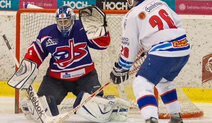 Hokejový David Servis hlásí: Tábor dobyt!