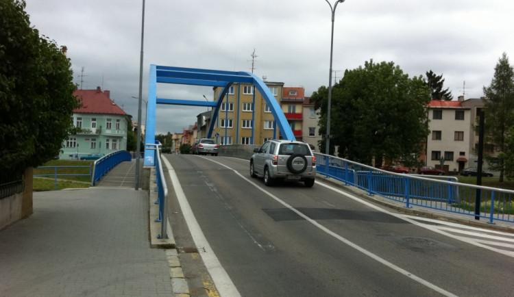 Po Modrém mostě se bude jezdit nejdřív v červenci