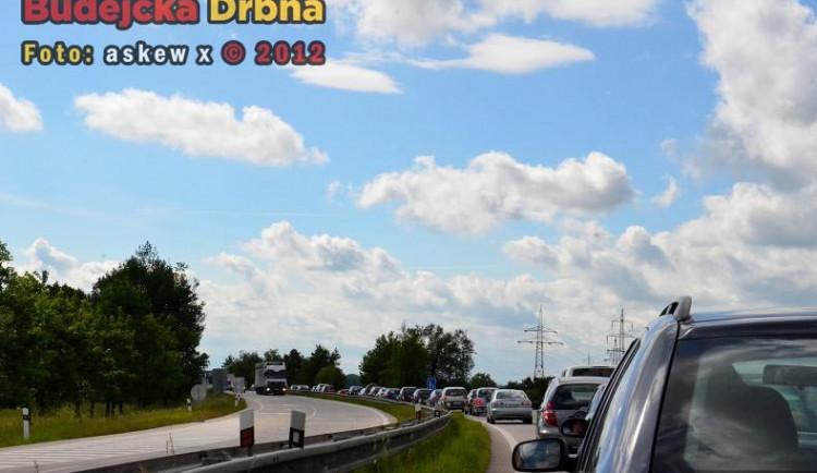 Uzavírka silnice do Hluboké nad Vltavou: Jaká je situace?