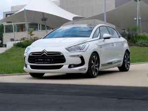 Kombinace nafty a elektřiny = hybridní Citroën DS5