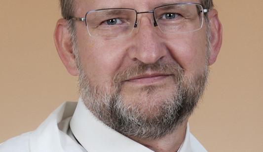 Očním chirurgům přibývá diabetiků ohrožených slepotou