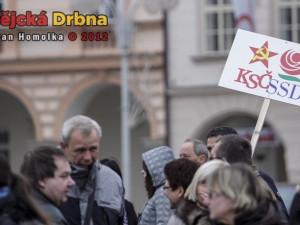 Na náměstí se znovu protestovalo proti koalici ČSSD s KSČM