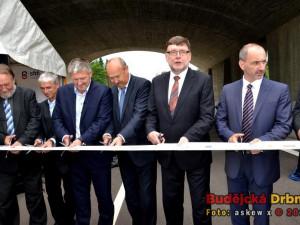 Nový úsek dálnice D3 je od dnešního rána otevřen!