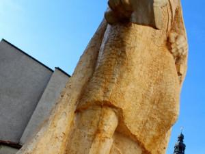 Město dostalo sochu zakladatele. Zatím neví, kam s ní