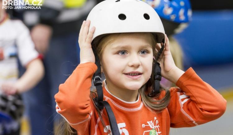 Děti ze školek se učily základům dopravních pravidel