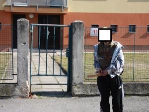 Pistolník z MHD má na svědomí krádeže po celých Budějcích