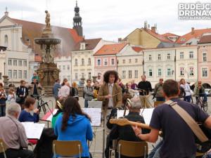 Světový svátek hudby přišla oslavit jen hrstka Budějčáků