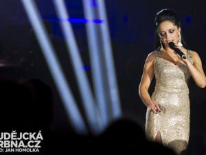 Festival ve Frymburku vrcholí. Zazpívá Lucie Bílá