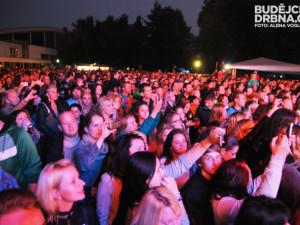 Faktor Fest přilákal na Sokolský ostrov tisíce lidí