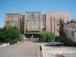 Knihovna díky své kešce láká všechny příznivce geocachingu