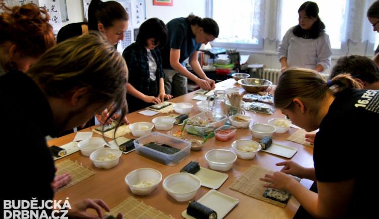 Sushi, čaje, origami, kaligrafie. Budějce patřily aspoň nakrátko japonské kultuře
