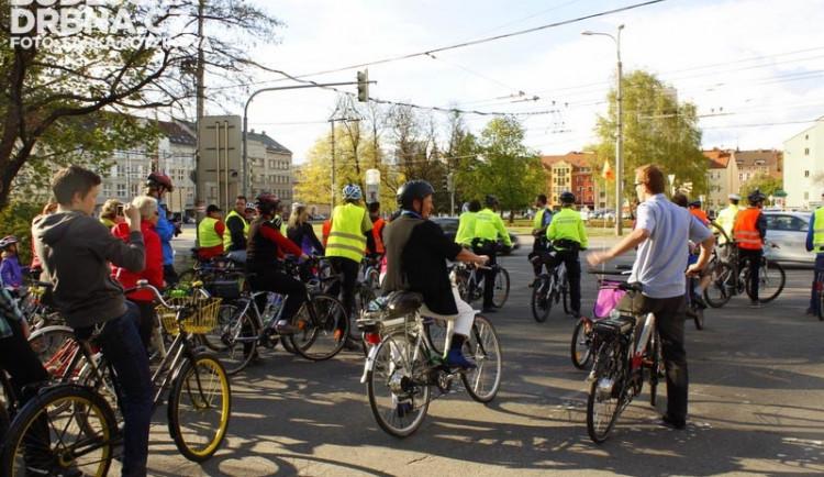 Společný pruh s MHD by mohl být pro cyklisty bezpečnější