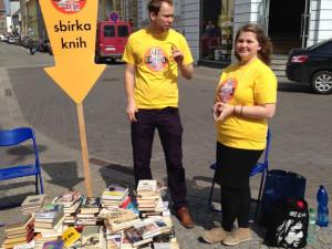 Studenti budou v pátek sbírat knihy pro festival Literatura žije!