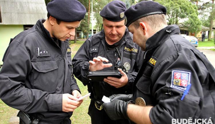 Policisté žádají o pomoc. Přes rok a půl celostátně hledají pachatelku trestného činu