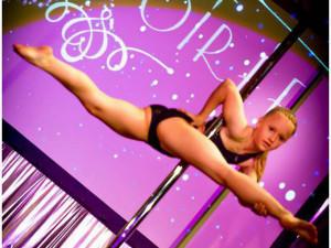 Barbora Růžičková má teprve dvanáct, už se ale kvalifikovala na mistrovství světa v pole dance