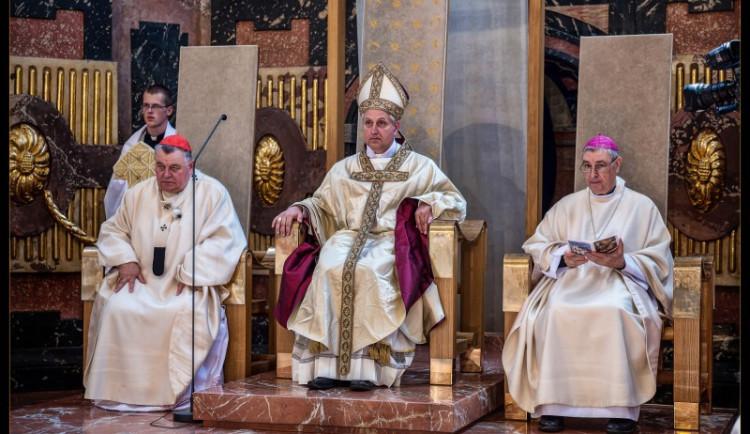 Hybnou silou mého konání by měla být láska, říká nový budějcký biskup Vlastimil Kročil