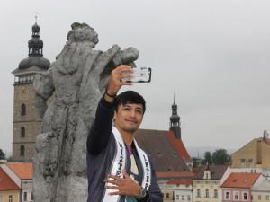 Nejkrásnější muž světa navštívil České Budějovice