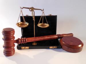 Soud dnes zastavil stíhání tří obžalovaných v kauze soudce Berky