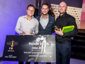 Dance bar Paradox oslaví 5 let fungování. Dostal krásný dárek - ocenění Nejlepší klub roku 2015