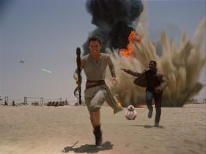 RECENZE: Nové Star Wars chvílemi připomínají remake. Nejvíce zapůsobí na nostalgiky