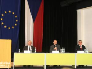 Kandidáti na rektora Jihočeské univerzity počítají s přípravou na nový zákon