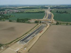 Pokračování výstavby dálnice D3 může zhatit nový posudek EIA. Znamenal by až dva roky zpoždění