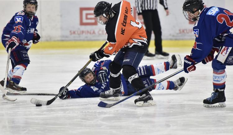 Vydařený hokejový turnaj Spring cup Jaroslava Pouzara o pohár Skupiny ČEZ se příští rok vrátí