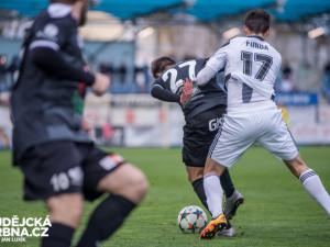 Dynamo dotáhlo dvoubrankovou ztrátu a se Znojmem bere bod