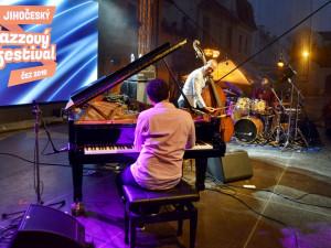 Jihočeský jazzový festival zakončilo famózním vystoupením Avishai Cohen Trio