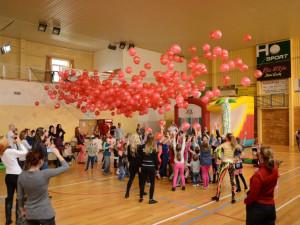 Druhý ročník dětské diskotéky láká na mnoho atrakcí, soutěže a vystoupení mistrů světa