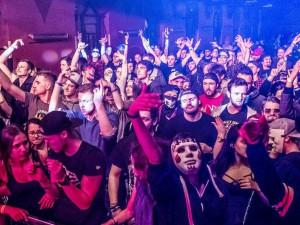 Na dnešní Gangster Trippin do budějckého Klubu Slavie dorazí Let It Roll DJové
