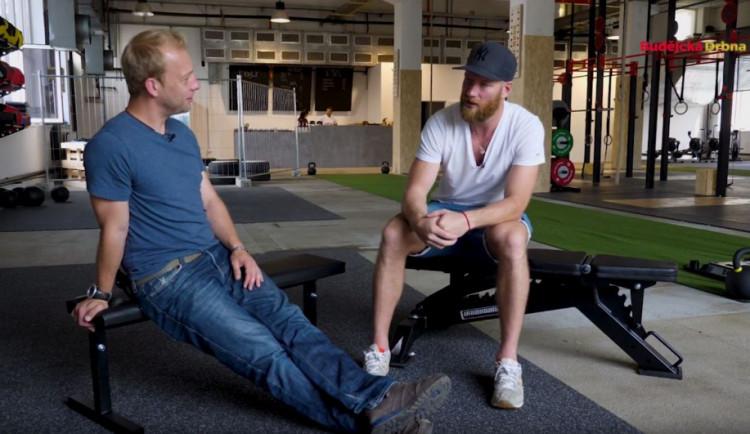 VIDEO: Drbárna – V Americe se žije krásně, říká zlatý hokejový medailista z roku 2010