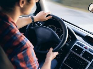 Mikrospánek za volantem je příčinou až dvaceti procent nehod