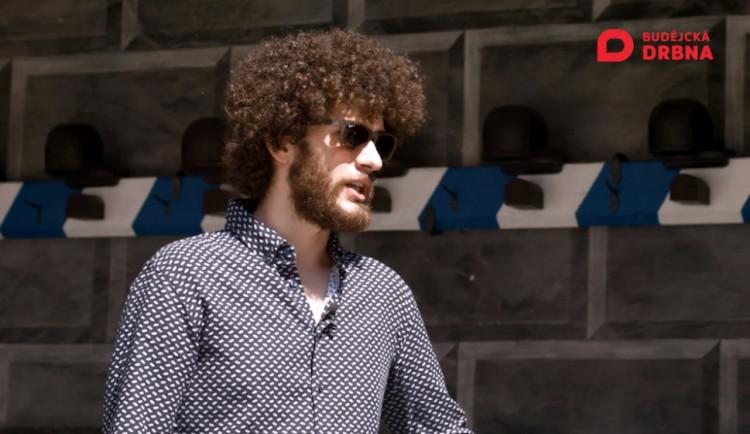 VIDEO: Drbárna – Granátníci ke Krumlovu prostě patřili, tvrdí jejich hejtman Martin Neudörfl