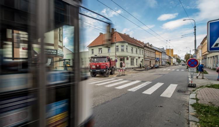 Rekonstrukce Lidické třídy se kvůli výměně starého vodovodního řadu odkládá na příští rok