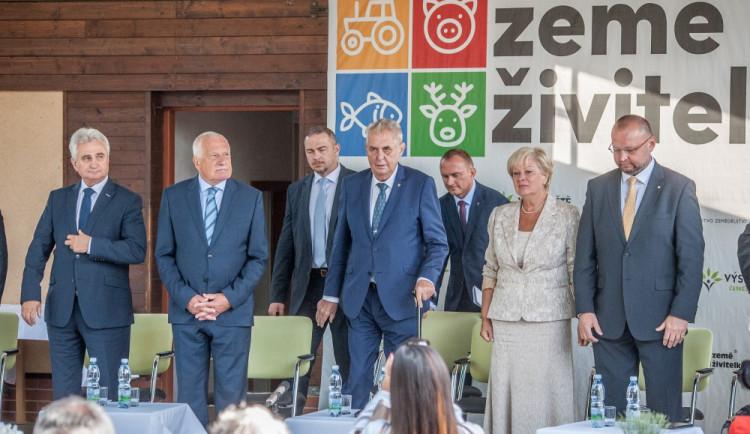 VIDEO: Prezident Zeman zahájil výstavu Země živitelka, pochlubil se obnovou rybníku