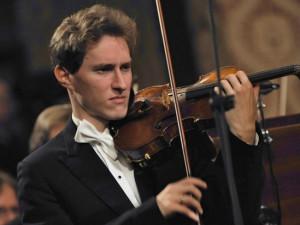 Jihočeská filharmonie zahájínovou sezonu s úspěšným houslistou Josefem Špačkem
