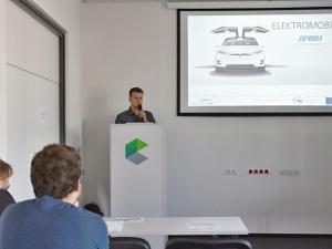 Mezi Pískem a bavorským Deggendorfem vzniknou dobíjecí stanice pro elektromobily