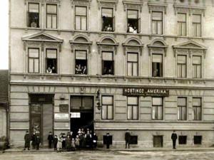 DRBNA HISTORIČKA: Na pivo se chodilo k Homolkům na Ameriku
