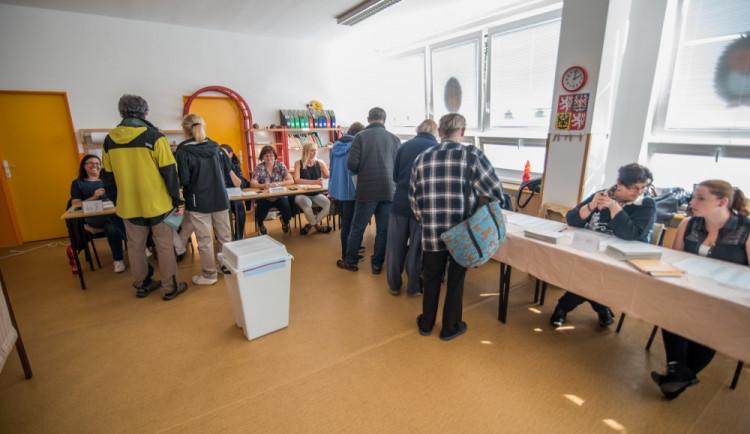 VOLBY 2017: V jižních Čechách si poslance první den voleb vybralo přes čtyřicet procent voličů
