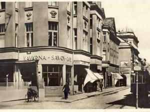 DRBNA HISTORIČKA: Kavárna Savoy