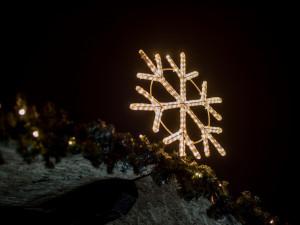 Vánoce na starém městě a staročeská ulička nabídnou vánoční zboží, lidové umění i kulturu