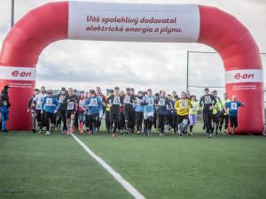FOTO: Silvestrovský běh v Borovanech zvládlo 113 běžců. Hlavní kategorii vyhrál David Bujnovský