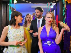 Dámy, to bude jízda. Česká komedie Zoufalé ženy dělají zoufalé věci je zárukou skvělé zábavy