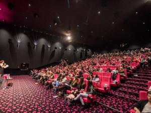FOTO: Kino praskalo při únorové Dámské jízdě ve švech