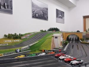 Autodráha v Dolní Vltavici u Lipna kopíruje slavné závodní okruhy Formule 1