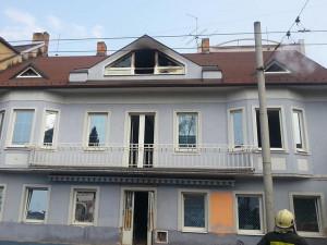 Obyvatelům Průmyslové ulice ztěžují život opakované požáry v budově bývalého nevěstince