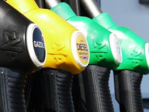 Kontroly pohonných hmot v roce 2017 dopadly nejlépe v historii