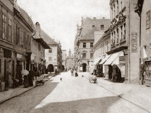 DRBNA HISTORIČKA: Ulice Karla IV. po roce 1900