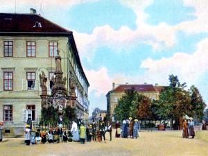 DRBNA HISTORIČKA: Lobkovické náměstí v Budějcích se spojilo s Mariánským